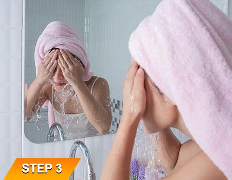 Goodbye-Wrinkle-Face-Wash-Step-3
